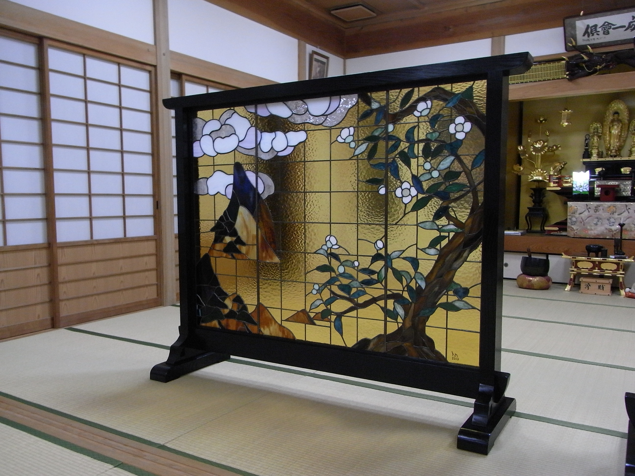 宗運寺屏風ステンドグラス